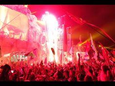 Tomorrowworld 2014 - Festival Tour Fireworks Music Remix - Martin Garrix & David Guetta - http://www.justsong.eu/tomorrowworld-2014-festival-tour-fireworks-music-remix-martin-garrix-david-guetta/