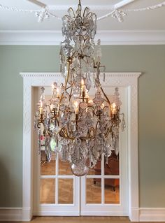 Very rare century Crystal chandelier, with Poinards French Chandelier, Chandelier Lighting, Mirror Lamp, French Home Decor, Unique Lamps, Vintage Glamour, Oil Lamps, Fine Furniture, Ceiling Lights