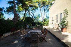 """Appartamento """"Mare"""" in villa con giardino e accesso diretto alla spiaggia a soli 50 metri, e a 150 metri dalla baia di Punta Prosciutto."""