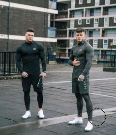 Quick Dry Compression Shirt Long Sleeves T Shirt Plus Size Fitness Clothing Solid Colorquick is part of Hipster mens fashion - Fitness Models, Fitness Man, Estilo Fitness, Plus Size Workout, Latest Mens Fashion, Men's Fashion, Mens Clothing Styles, Gym Men, Sport Outfits