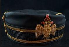Military-style Pillbox Forage Cap with emblem of the 32nd Degree, Master of the Royal Secret, Scottish Rite of Freemasonry.