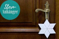 Skandinavischer Stern Anhänger | The Nina Edition - The Nina Edition Berlin, Symbols, Letters, Diy, Diamond Shapes, Fabric Scraps, Cardboard Paper, Scandinavian, Stars