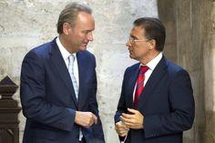 Alberto Fabra, junto al Secretario General del PPCV, Serafín Castellano.