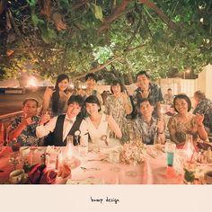 #Hawaii 今日でハワイ結婚式ラスト。 ハウツリーラナイでの家族だけのパーティー、最後はもちろん、、 かぞく写真。 すっかり夜になっちゃいましたがワイキキパーティー夜でも素敵。 ポーズはもちろん、、アロハ!! ^ ^ #結婚写真 #花嫁 #プレ花嫁 #結婚 #結婚式 #結婚準備 #婚約 #カメラマン #プロポーズ #前撮り #ロケーション前撮り #写真家 #ブライダル #ウェディングドレス #ウェディングフォト #記念写真 #ウェディング #IGersJP #weddingphoto #wedding #instagramjapan #weddingphotography #instawedding #bridal #ig_wedding #bride #bumpdesign #バンプデザイン