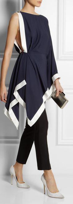 ideas dress black chic shoes for 2019 White Fashion, Look Fashion, Womens Fashion, Fashion Design, Fashion Trends, King Fashion, Fashion Images, Ladies Fashion, Fashion Ideas