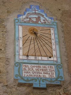 Reloj de sol- Clock of the sun Sistema Solar, Sol Sun, Unique Clocks, Time Clock, Wooden Clock, Sundial, Garden Ornaments, Geometric Designs, Retro