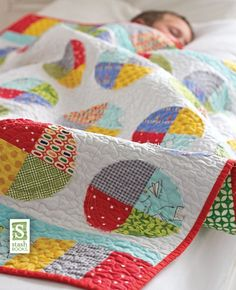 Growing Up Modern 16 Quilt Project for Babies & Kids