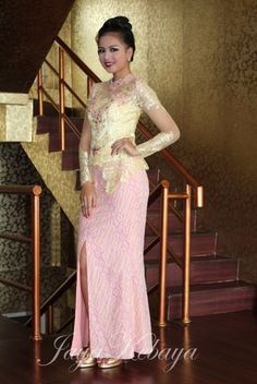kebaya wedding pink
