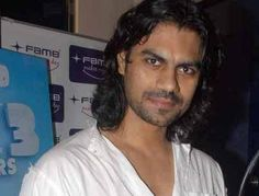 Gaurav Chopra Height, Weight, Biceps Size and Body Measurements