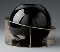 Vase sphérique by Boris Jean Lacroix Decoration, Art Decor, Art Deco Glass, Futuristic Design, Art Deco Furniture, Perfume, Art Deco Design, Black Glass, Art Deco Fashion