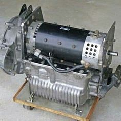 Electric drive system for an early Morris Mini. Electric Car Engine, Electric Kart, Electric Motor For Car, Electric Car Conversion, Electric Vehicle, Mini Cooper Custom, Mini Cooper Classic, Classic Mini, Fiat 600