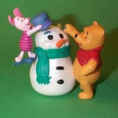 1998 WINNIE THE POOH - BUILD A SNOWMAN HALLMARK ORNAMENTS