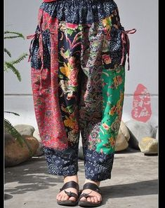 Aliexpress.com : Buy [LYNETTE'S CHINOISERIE Sang] Reminisced 2014 national trend fluid flower colorant match 9 taper pants skinny pants harem pants from Reliable pant boy suppliers on LYNETTE'S CHINOISERIE No.3.   Alibaba Group Girls Fashion Clothes, Fashion Outfits, Boho Fashion, Girl Fashion, Funky Outfits, Altering Clothes, Boho Look, Retro Dress, Aesthetic Fashion