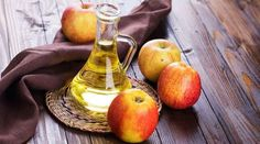 Apple cider vinegar is extremely popular with health experts and for good reason! It's definitely not just a salad dressing. Here's 8 benefits of apple cider vinegar you probably don't know about! Apple Cider Vinegar For Skin, Apple Cider Vinegar Benefits, Home Remedies For Skin, Health Remedies, Homeopathic Remedies, Apple Health Benefits, Healthy Eating Tips, Eat Healthy, Healthy Drinks
