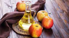 Tout le monde connaît le vinaigre de cidre pour ses usages culinaires (vinaigrettes, marinades, etc.) Mais saviez-vous qu'il possédait également des bienfaits pour la santé? Le vinaigre de cid