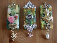 dominos with transfers & jewelry findings! Domino Jewelry, Mixed Media Jewelry, Resin Jewelry, Jewelry Findings, Jewelry Crafts, Jewelry Art, Handmade Jewelry, Jewelry Design, Jewlery