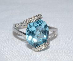 Blue Topaz Lady's Stone Ring 14K White Gold 4.03g Size:9