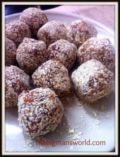 Ripped Recipes - Nut Butter Breakfast Cookie Dough - Cookie dough for breakfast? Cookie dough which is HEALTHY and balanced? These taste just like cookie dough and are high in protein, complex carbs and healthy fats- ALMOST sinful!