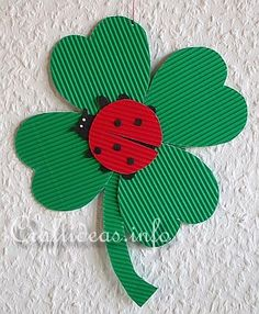 Free Craft Patterns and Templates - Clover and Lady Bug Patterns Spring Crafts For Kids, Paper Crafts For Kids, Art For Kids, Arts And Crafts, Insect Crafts, Little Cherubs, Ladybug Crafts, Craft Free, Classroom Crafts