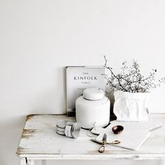 "silver-blonde: "" via whitelivingetc "" The Kinfolk Table, Kinfolk Style, Interior Styling, Interior Design, Silver Blonde, Slow Living, The Ranch, Vignettes, Interior Inspiration"
