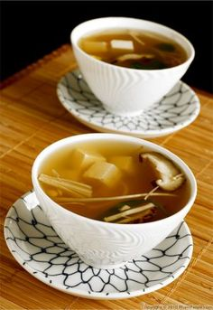 Tofu miso soup is very soothing. My little munchkin caught a bad cold and I thought the simple, clear broth would help with her congestion. To make the soup, I started by preparing a kombu dashi (Japanese stock) with fresh ginger. To make the traditional non-vegetarian version, just add shavings of bonito flakes, or dried and fermented tuna.Once the stock was ready, I seasoned it with white miso paste. No salt is necessary as the miso paste is already well seasoned. Miso soup can be served…