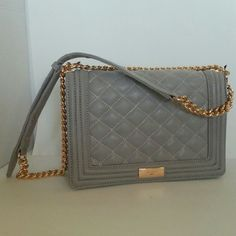 bcbg le boy style quilted crossbody chain bag color is grey ash bcbg paris is
