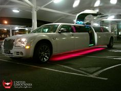 United Limousines is a well known service provider offering Chrysler 300c Stretch Limousine at affordable rates in Queensland region. We also offer limousines for weddings, airport pickup and drop, corporate meeting or event pick up and drop, tours or any other special events. Just call us at 07 5538 9000.