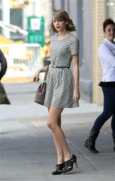 Taylor Swift looks so lovely, per usual. See more street style on Wonderwall: http://on-msn.com/1ssHQ8k