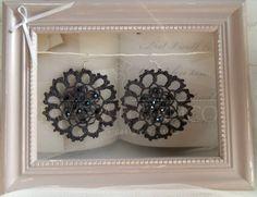Handmade Bijoux and Accessories - Orecchini all'uncinetto grigio scuro con cristalli swarovski  fatti a mano