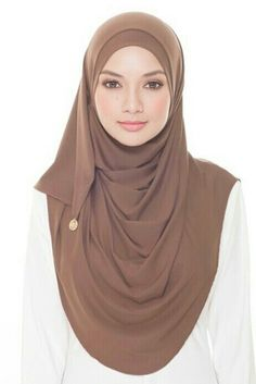 Babesandbasicloop instant shawl by Naelofarhijab