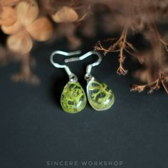 Dried moss forest earrings dried flower real leaves in Resin drop earrings Pressed green reindeer herbarium botanical fall boho gift nature by sincereworkshop on Etsy