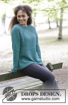 Arendal / DROPS - Free knitting patterns by DROPS Design Arendal / DROPS - Cable knit pullover with raglan sleeves, worked top down. Sizes S - XXXL. The piece is worked in. Crochet Patterns Free Women, Knitting Patterns Free, Free Knitting, Free Pattern, Cable Knitting, Top Pattern, Jumper Patterns, Crochet Cardigan Pattern, Drops Design