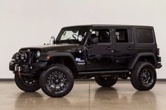 Used-2017-Jeep-Wrangler Unlimited-Unlimited Sport