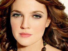 Best Hair Color For Hazel Eyes With Different Skin Tones