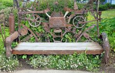Recycled metal sculpture at the Men. Scrap metal sculpture Recycled metal s Metal Garden Gates, Metal Yard Art, Scrap Metal Art, Welding Art, Welding Projects, Art Projects, Metal Art Sculpture, Art Sculptures, Sculpture Ideas