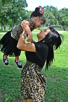 mommy and daughter <3 what I want to wear for out photos :)