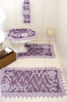 Purple bathroom decor with diagrams