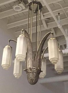1 of a kind: majestic french art deco chandelier. Art Deco Stil, Art Deco Decor, Art Deco Home, Art Deco Design, Decoration, Design Design, Design Trends, Design Ideas, Lampe Art Deco