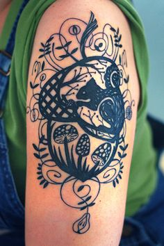 by Siobhan Creedon from helloyarn's flickr, #tattoo, #squirrel, #mushroom