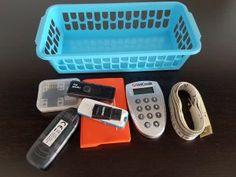 Organizare: Accesorii birou – serenity now Serenity Now, Plastic Laundry Basket, Organization, Home Decor, Getting Organized, Organisation, Decoration Home, Room Decor, Tejidos