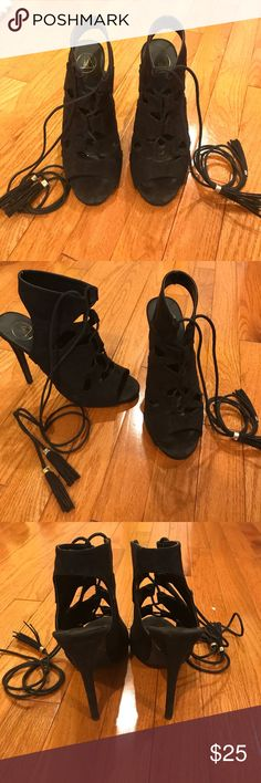 Missguided Lace Up Black Heels size 8 Missguided black lace up heels in great condition! Only been worn once! Perfect for a night out! Missguided Shoes Heels