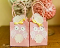 Pretty pink owl theme for a girls birthday party.