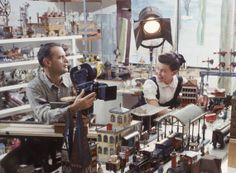 The dynamic duo, Charles & Ray Eames working on a film. I love her fashion style and her bright face, every time I see her photographed.