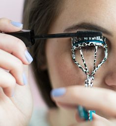 26 Mind-Blowing Hacks to Get Flawless Eyelashes Every Time. Great tips!!!