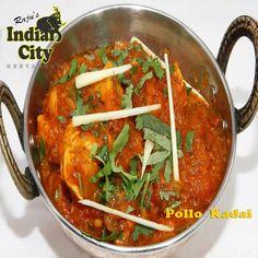 """Miércoles de #receta en #RajusIndianCity presenta... """"Pollo Kadai"""". Un kadai o karahi es una sartén circular y profunda, similar a un wok, que se emplea en Pakistán y en la India. Puntualizado esto vamos con esta receta tan sencilla."""