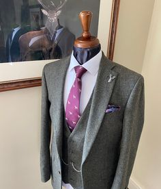 @whitfieldandward posted to Instagram: WEDDING SUIT INSPIRATION - hopefully this fresh, forrest green tweed wedding suit will inspire some positive 2021 wedding planning! We would love to help you enjoy planing your wedding suits. And please be assured, if you book with us we will help you move your wedding forward if needed. Call on 01625536545 to book your first exciting consultation. This forrest Donegal tweed wedding suit is from our bespoke suit collection. It's perfect for any sea
