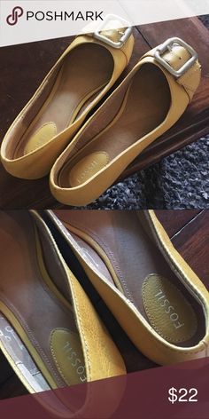 FOSSIL mustard yellow leather flats size 8 Great condition. Size 8! Fossil Shoes Flats & Loafers