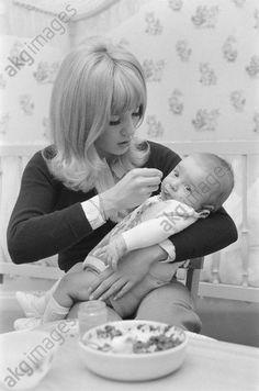 maman de David Vartan Sylvie, Photo Couple, Portrait, Face, Idole, Coups, Arts, Princesses, France