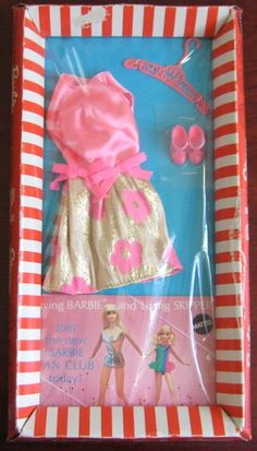 THE FASHION DOLL REVIEW: Mod Barbie Fashion, Glowin' Out, stock #3404