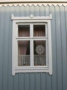 Rauma, Finland, revêtement clin de planches vertical avec décor.